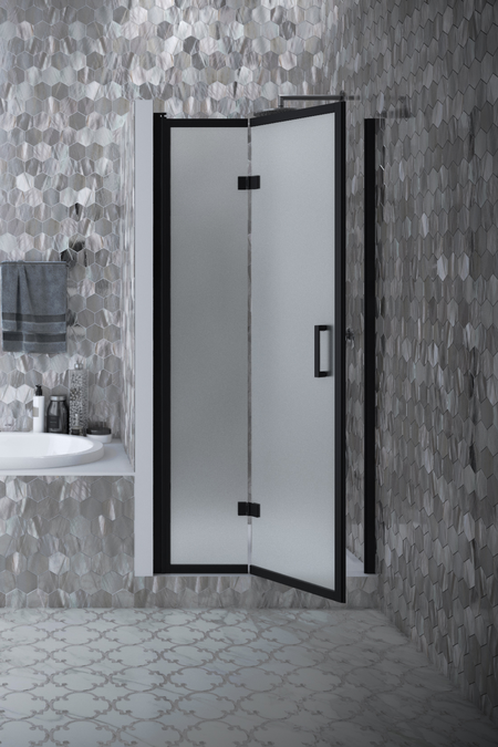 Folding shower door with magnet locking Bläk 89U New York